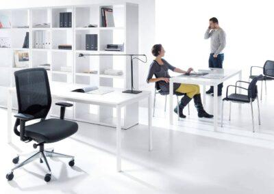 aranżacja biura z fotelami veris net