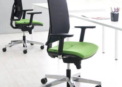 zielony fotel biurowy eleven
