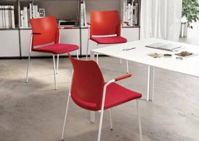 krzesła w nowoczesnej aranżacji