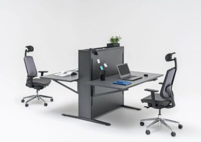 dwustanowiskowe biurko flow