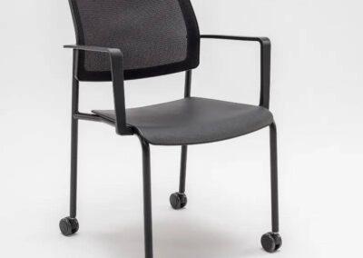 krzesło konferencyjne na kółkach
