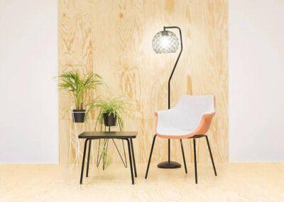 krzesło tulipanowe w nowoczesnej aranżacji