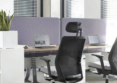 nowoczesny fotel obrotowy milla w biurze