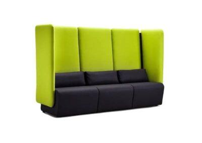 zabudowana sofa wyciszająca dźwięki