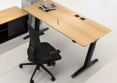ergonomiczne biurko move