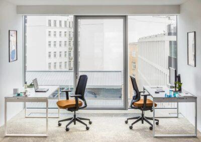 ergonomiczne biurka ogi q