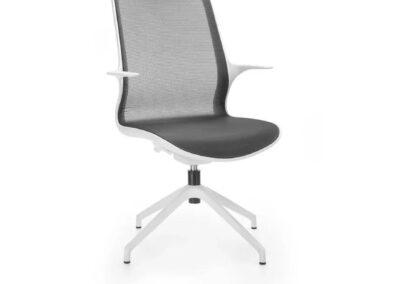 biało-czarne krzesło