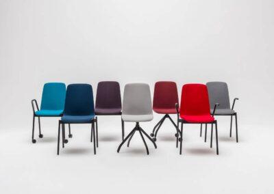 warianty biurowych krzeseł
