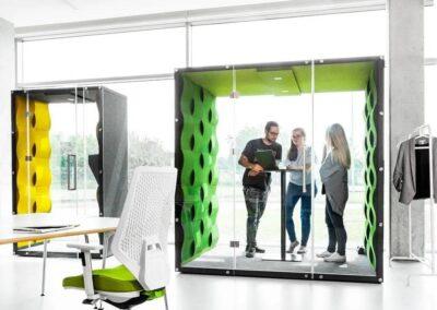 wykorzystanie kabin akustycznych