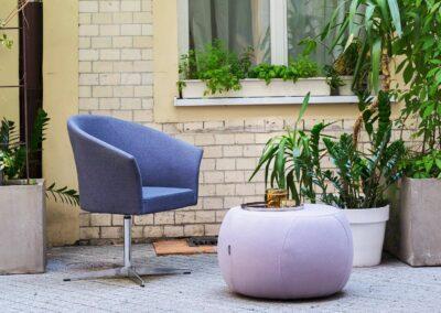 kubełkowy fotel konferencyjny