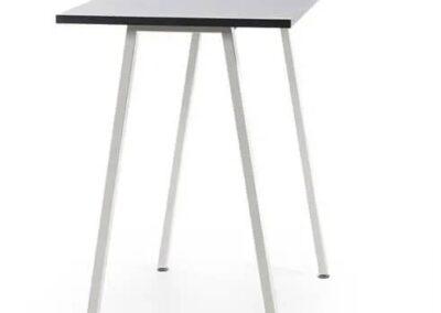 minimalistyczny stół orte high