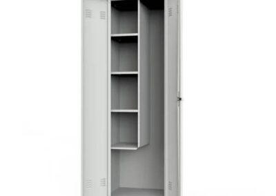 wnętrze szafy gospodarczej