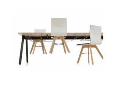 stelaże do powieszenia krzeseł - stół orte ot