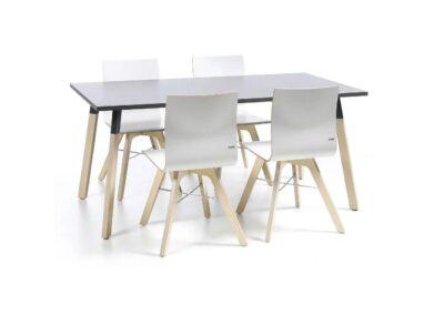 stół konferencyjny orte otw z krzesłami