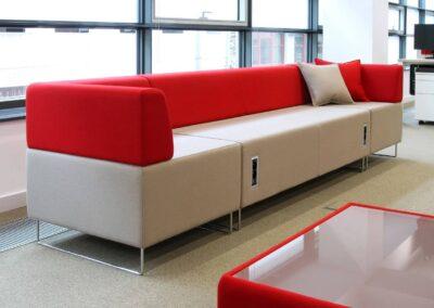 kanapa soft seating z media portami