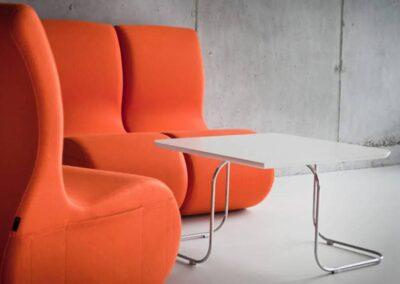 soft seating ze stolikiem