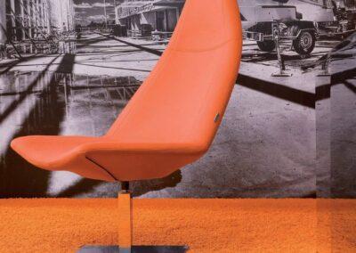 pomarańczowy fotel thunder