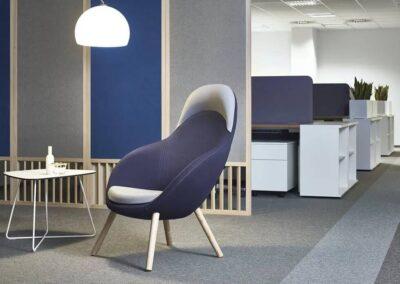 fotel soft seating ze stolikiem