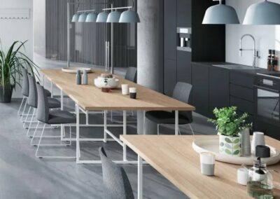 elegancki i funkcjonalny stół net