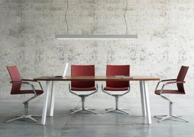nowoczesny stół z owalnym blatem