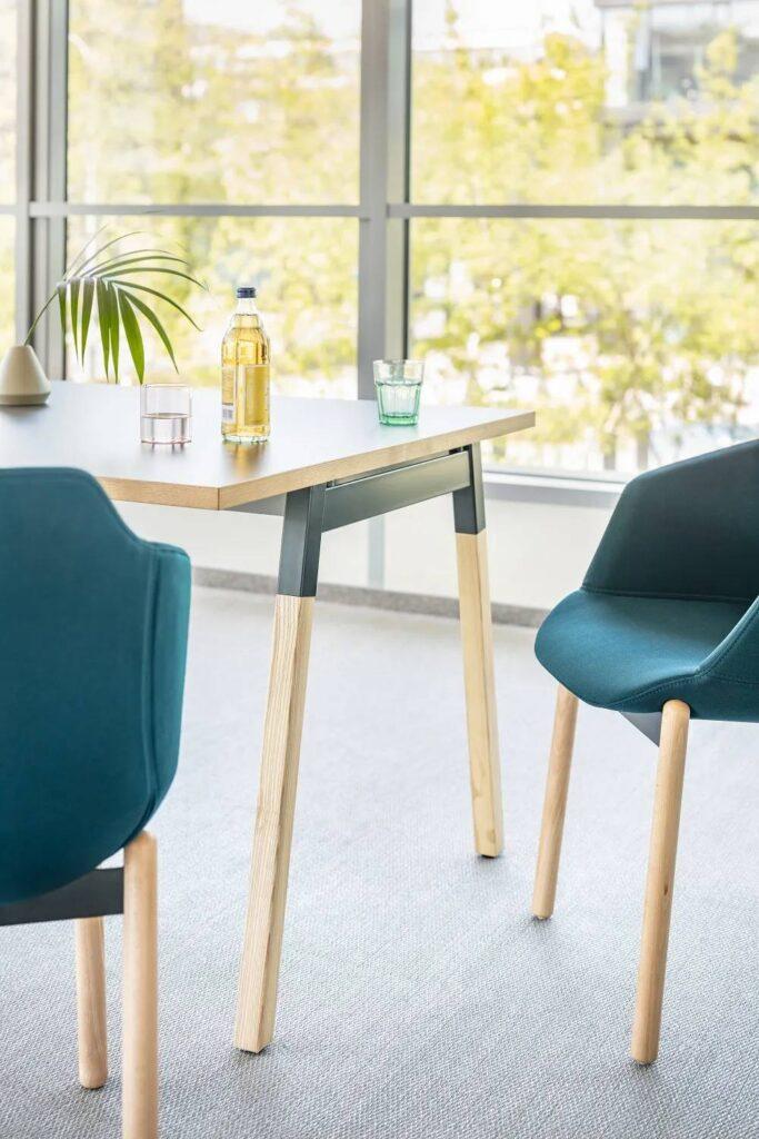 Stylowy stół jesionowy Ogi W